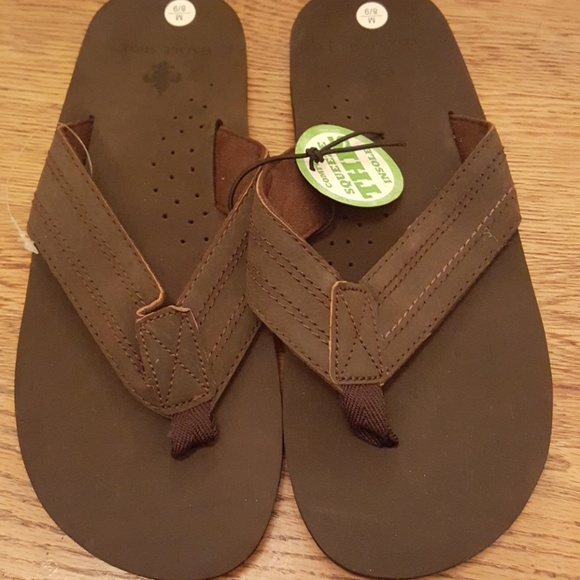 6128b7cdbb71 Nwt Vintage Stone Brand Brown Leather Flipflops